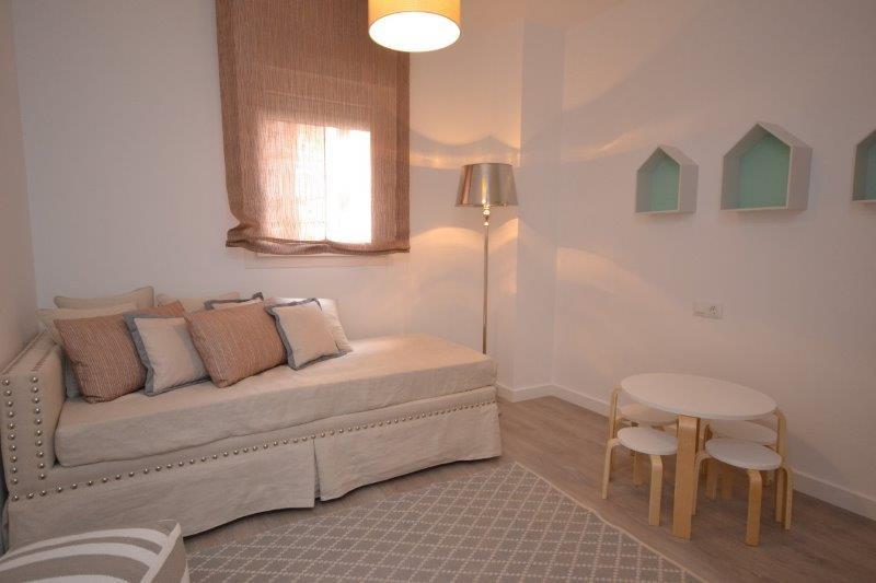 piso en nueva andaluc a inmobiliaria en benalm dena